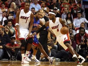 James y Bosh, ante los Pistons